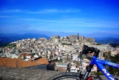 Bike Tour - Parchi Sicilia Orientale